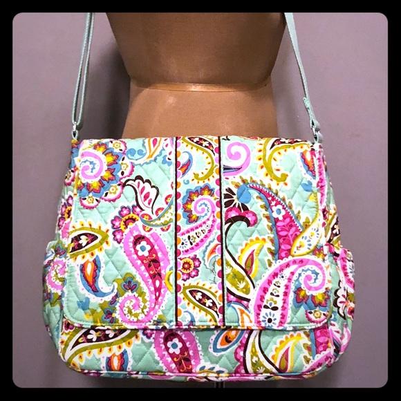 5e91c1248679 Vera Bradley Diaper Bag Very Clean 14x13x6. M 5aa87009daa8f64ccb8df884